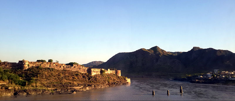 Attock_Fort_During_Sunset