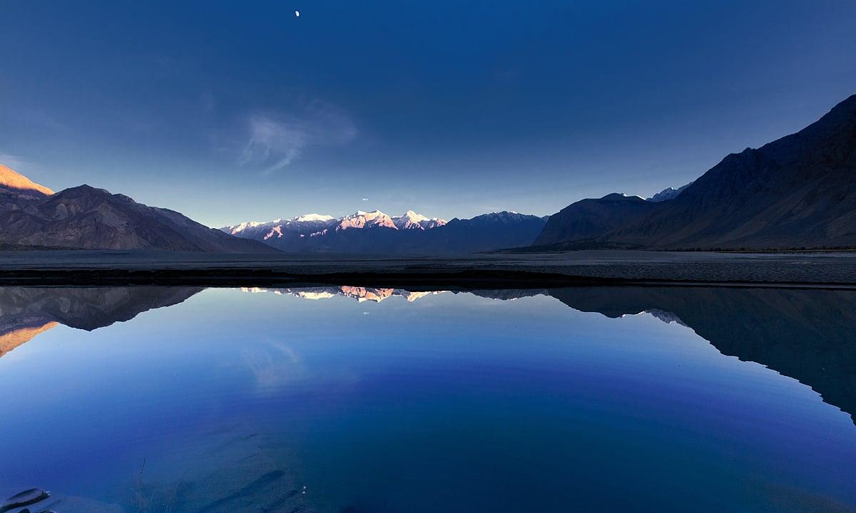 Dusk at Indus river