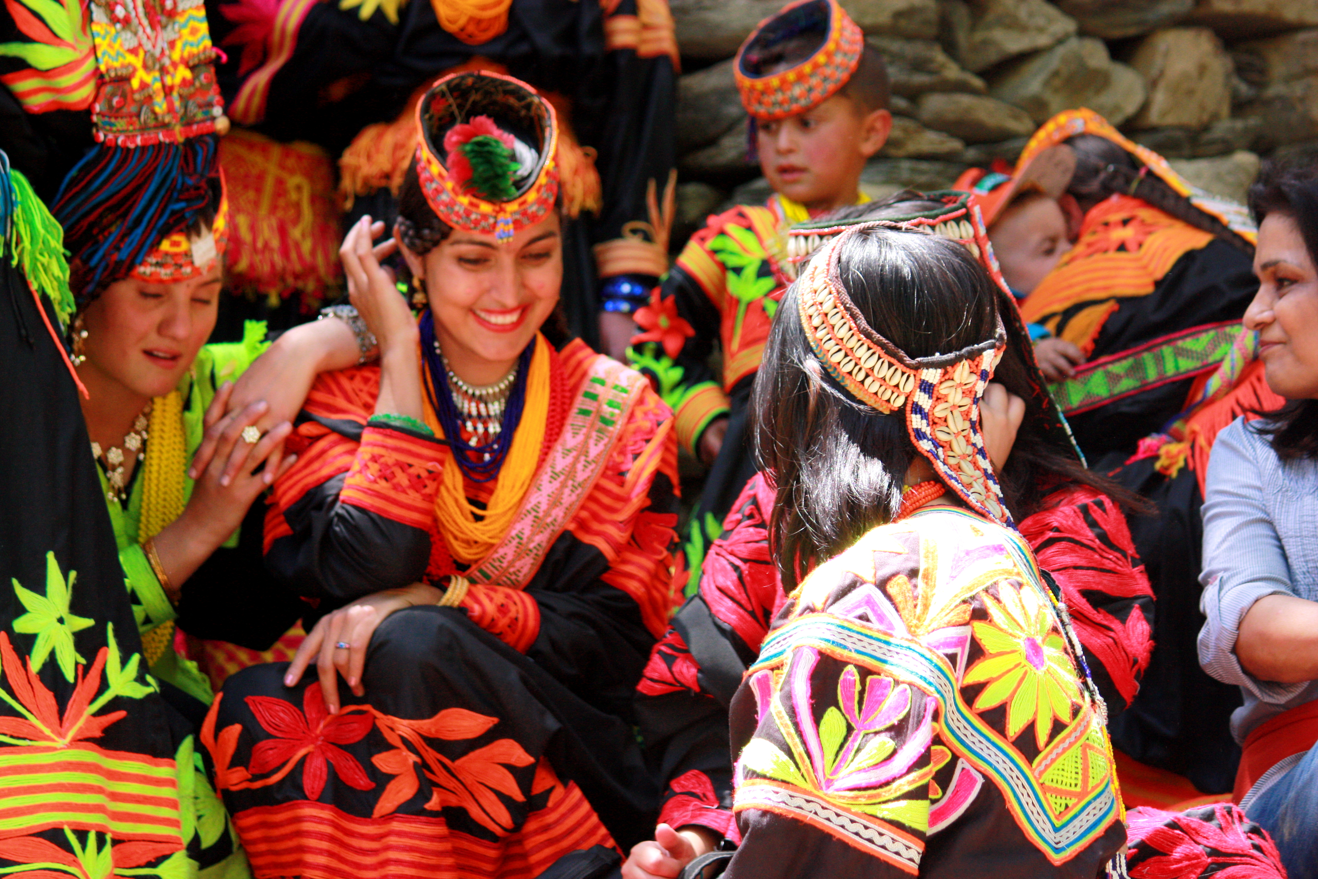 Kalash_women_traditional_clothing