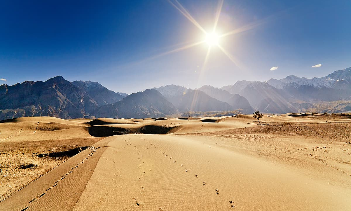 Katpana sand dunes in the morning