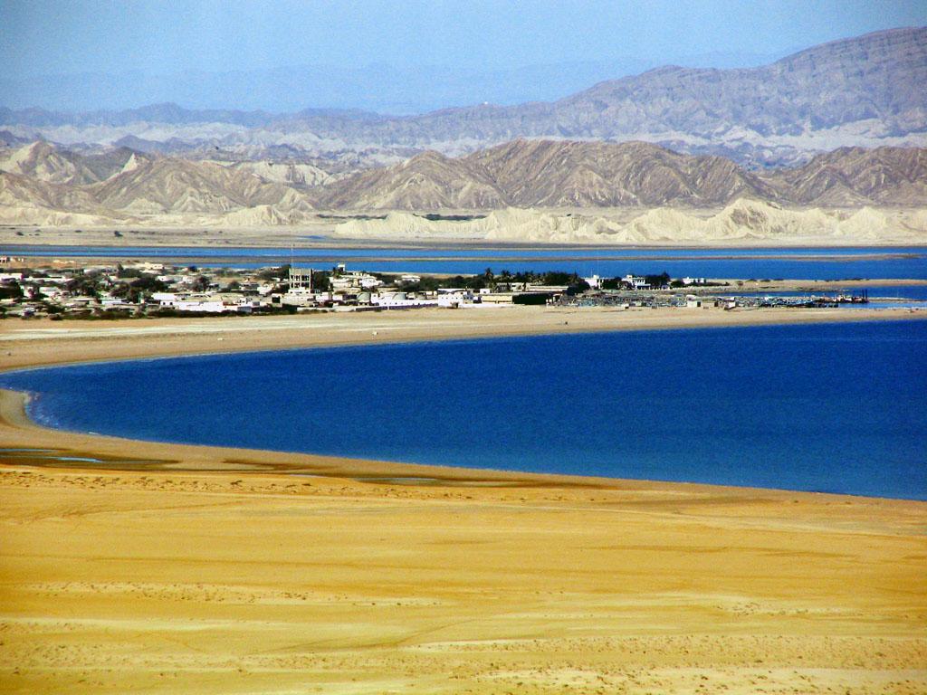 Kund Malir Beach1