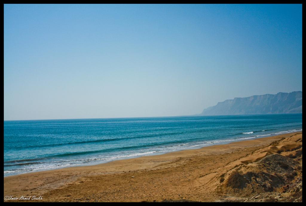 Kund Malir Beach2