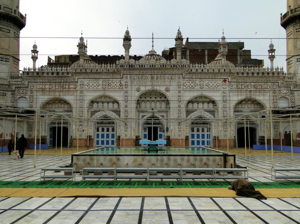 Mohabbat Khan Mosque