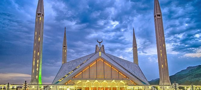 10 Famous Mosques in Pakistan