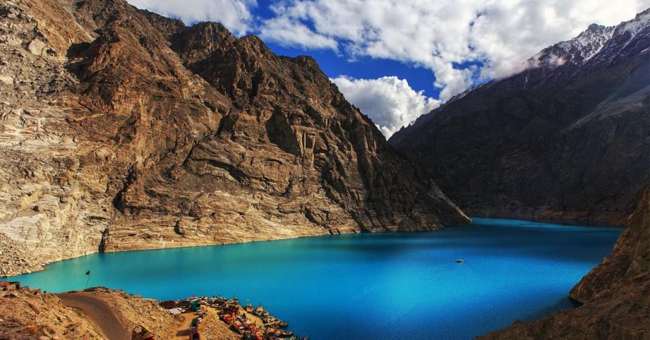 attabad-lake-929x486