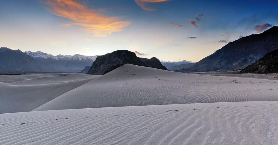 cold-desert-929x486
