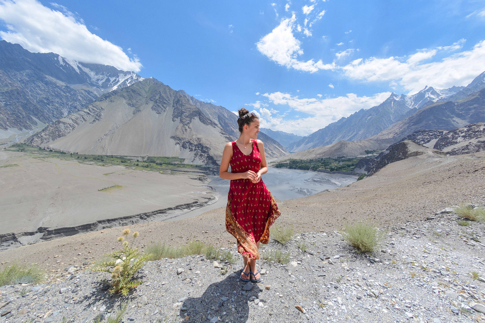 tourism in pakistan Tourism in pakistan introduction if pakistan is popular in the world of tourism, it is because of the mountainous regions of the north the four mountain ranges of the hindukush, pamir, karakuram and the great himalaya form the densest concentration of high peaks in the world.