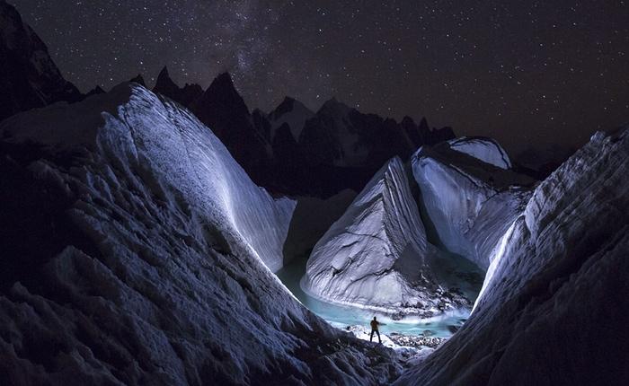 5. A photographer uses LED light to 'paint' the snow at Karakoram