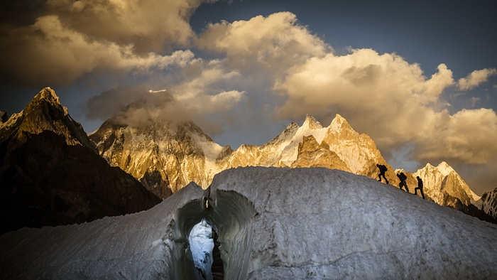 8. A view of the Gasherbrum IV massif