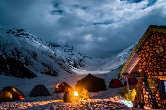 Camping at Saif ul Malook Lake