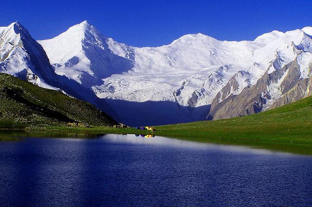 Rush Lake Trek Guide