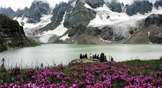 Chitta-Katha-Lake-550x300