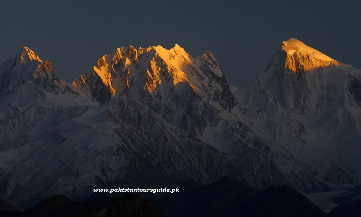Sunset in Golden Peak , Gilgindar and Chotokan Peak