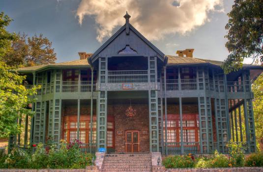 christians-in-pakistan-ziarat-residency-535x350